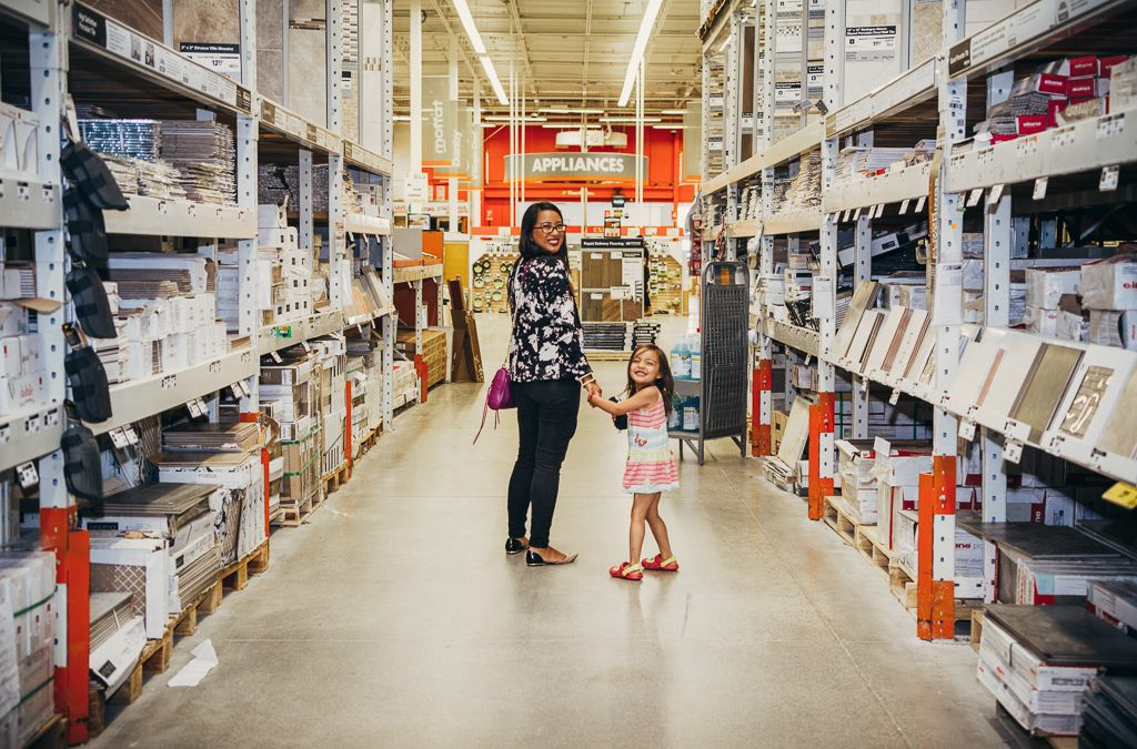 LISA ON LOCATION: THE HOME DEPOT