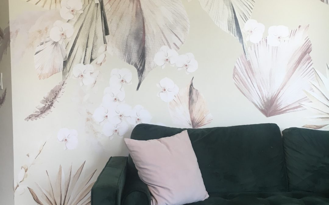 ONE ROOM CHALLENGE WEEK 6: I AM AN INTERIOR DECAL-ATOR